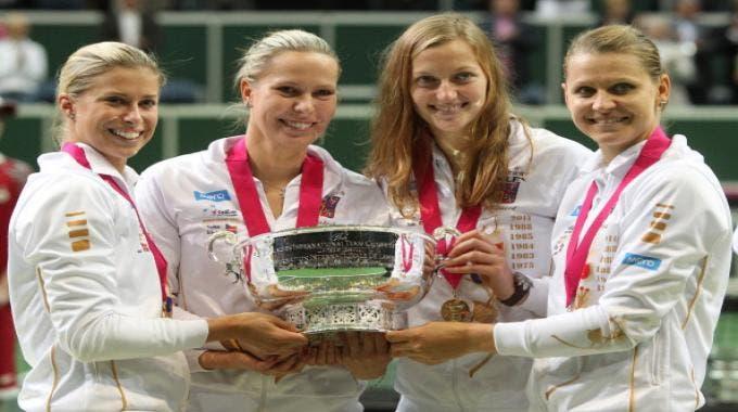 Il team della Rep.Ceca vincitore della Fed Cup 2012