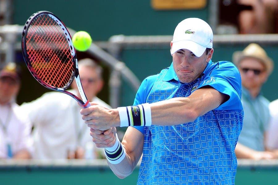 ATP Auckland: fuori Ferrer, Isner salva un match point