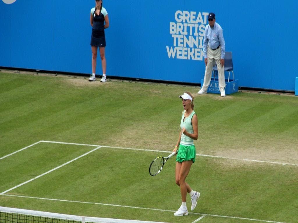 WTA Eastbourne: Wozniacki solida, Giorgi al tappeto. Ok Kerber e Keys