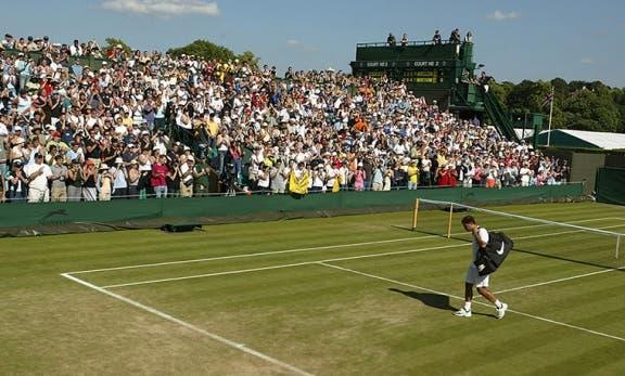 Aspettando Wimbledon, uno spettro si aggira per il campo numero 2