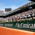 La tribuna Fly Emirates al Roland Garros (foto by ART SEITZ)
