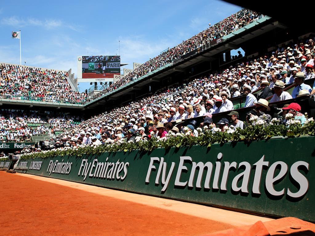 La tribuna Fly Emirates al Roland Garros (foto by ART SEITZ)