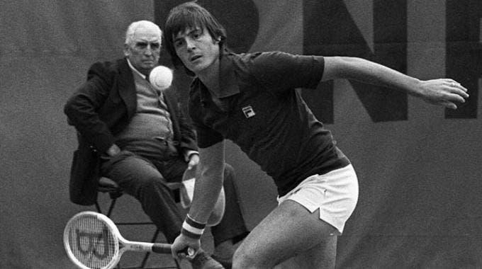 Adriano Panatta al Roland Garros 1976