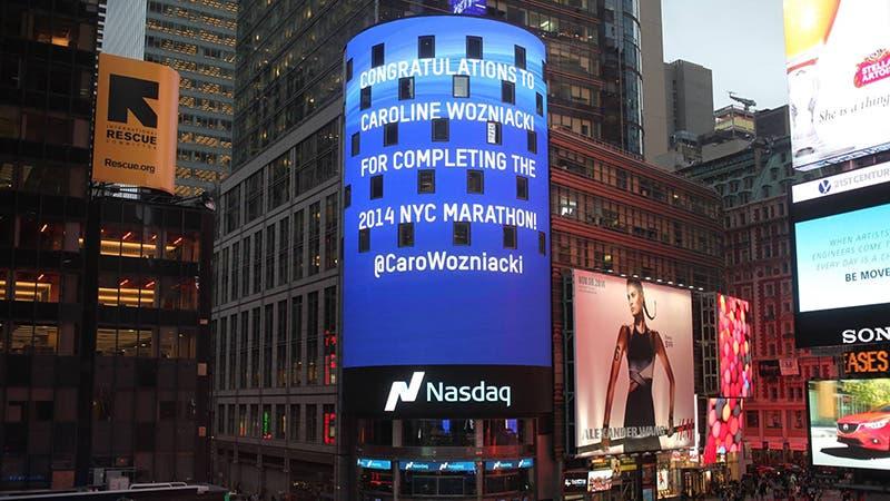 Il tributo di Nasdaq a Caroline Wozniacki, Times Square, NY 2014