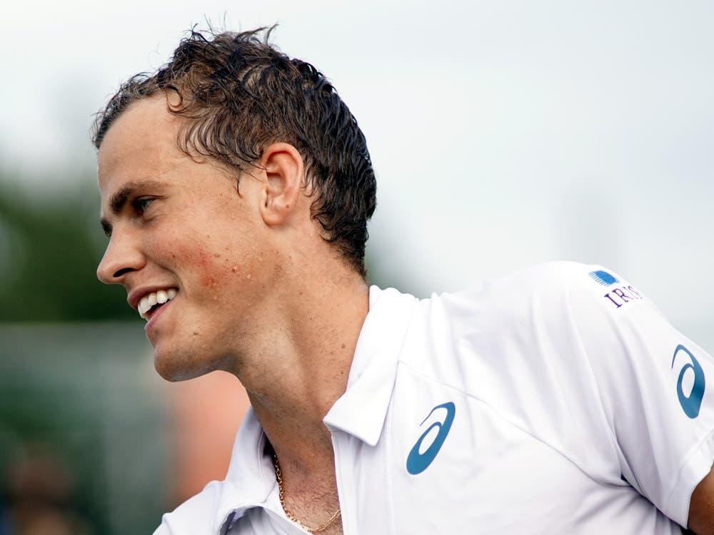 Pospisil imita Federer e rinuncia al Roland Garros