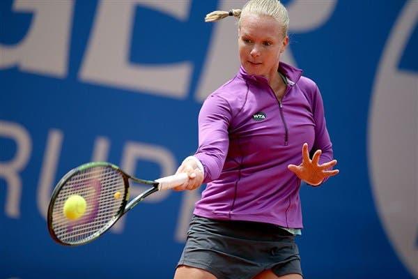 WTA Hobart: Ozaki sorprende Safarova, Bertens facile