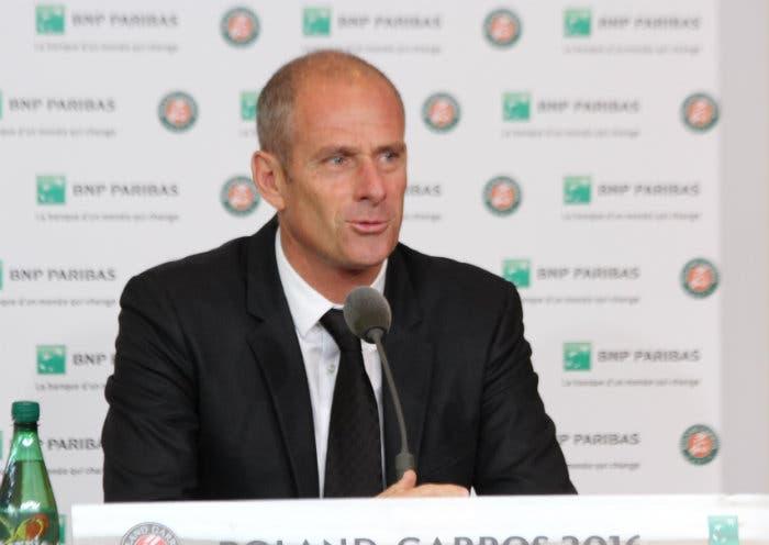 ATP Bercy: Guy Forget arrabbiato con Roger Federer