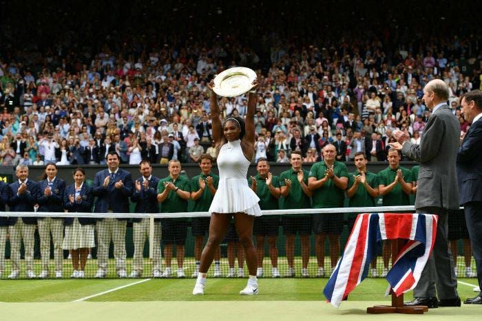 Serena Williams vince il settimo Wimbledon e raggiunge Steffi Graf