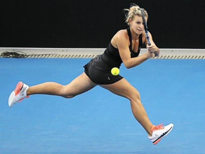 WTA Tokyo: splendida Fett, fuori Zhang