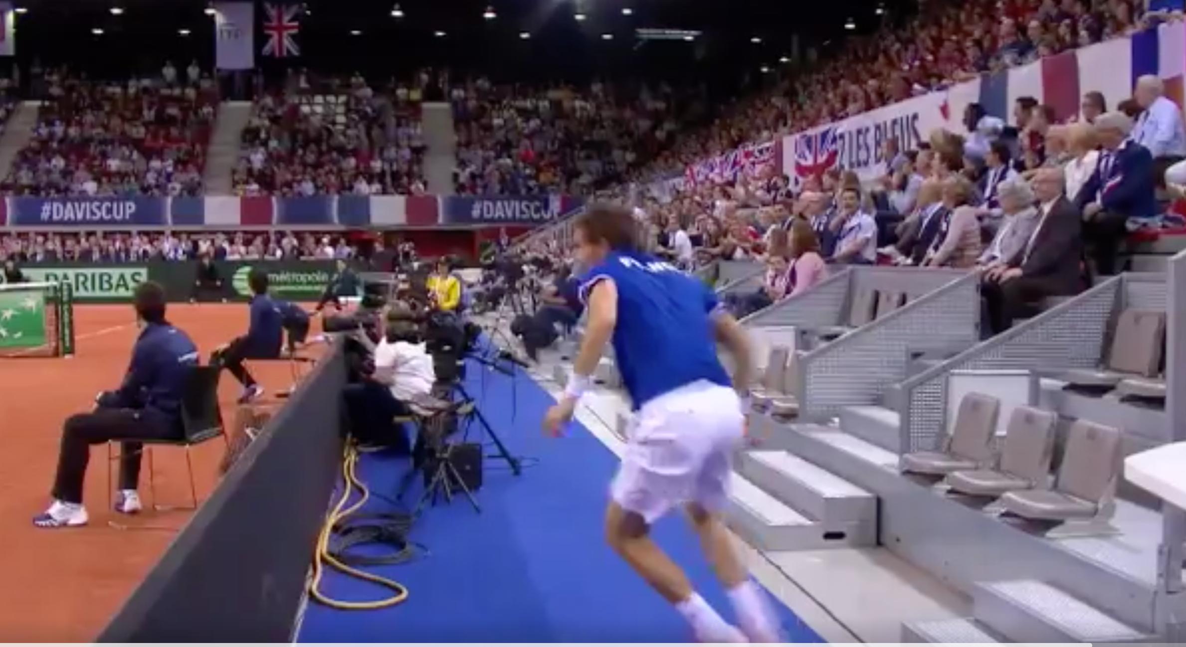Coppa Davis: il miracoloso recupero di Mahut non basta