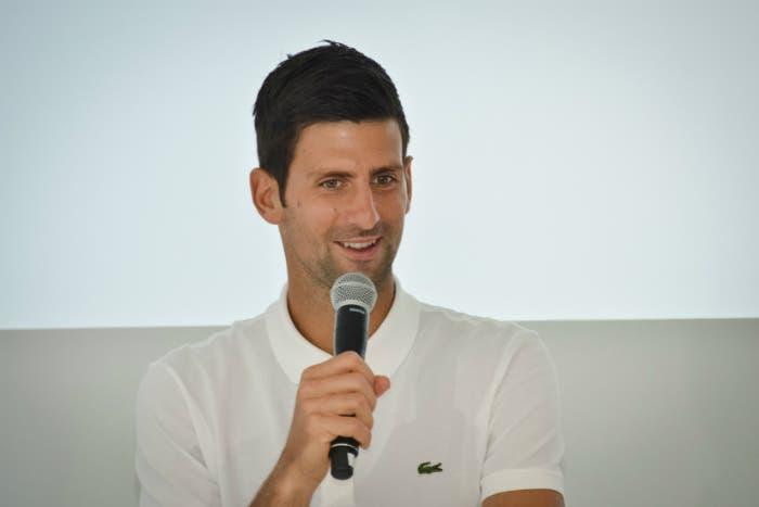 Djokovic apre un ristorante per i più bisognosi in Serbia