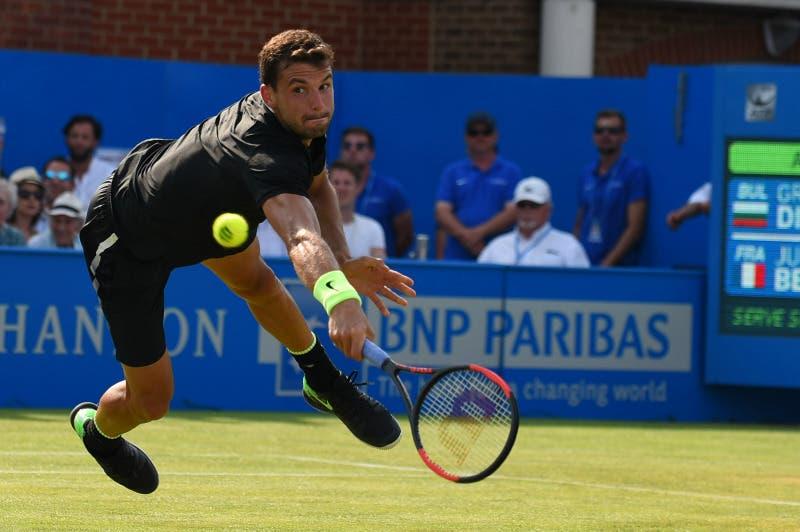 ATP Queen's: Dimitrov tiene. Shapovalov, è quasi una vittoria