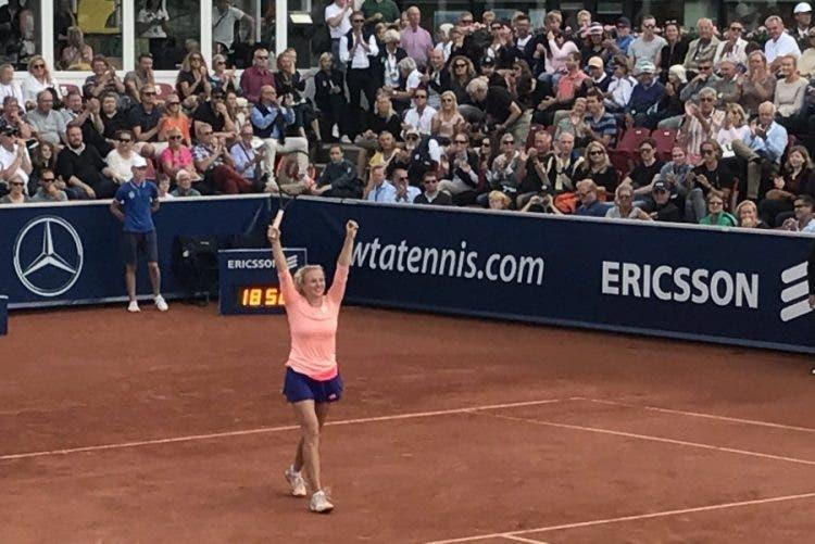 WTA Bastad: Siniakova batte Wozniacki, secondo titolo in carriera