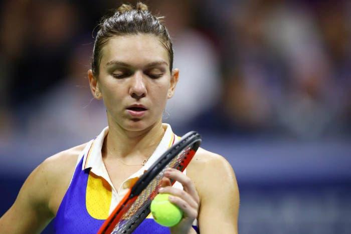WTA Wuhan: Wozniacki e Halep irriconoscibili
