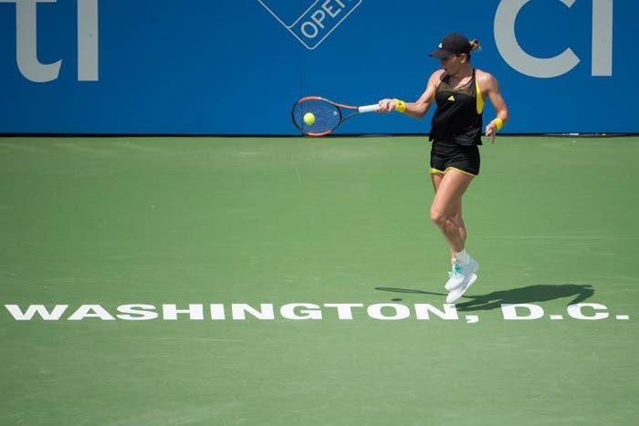 WTA Washington: Halep passa al terzo, sorpresa Andreescu