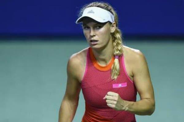 WTA Tokyo: Wozniacki distrugge Muguruza, in finale Pavlyuchenkova