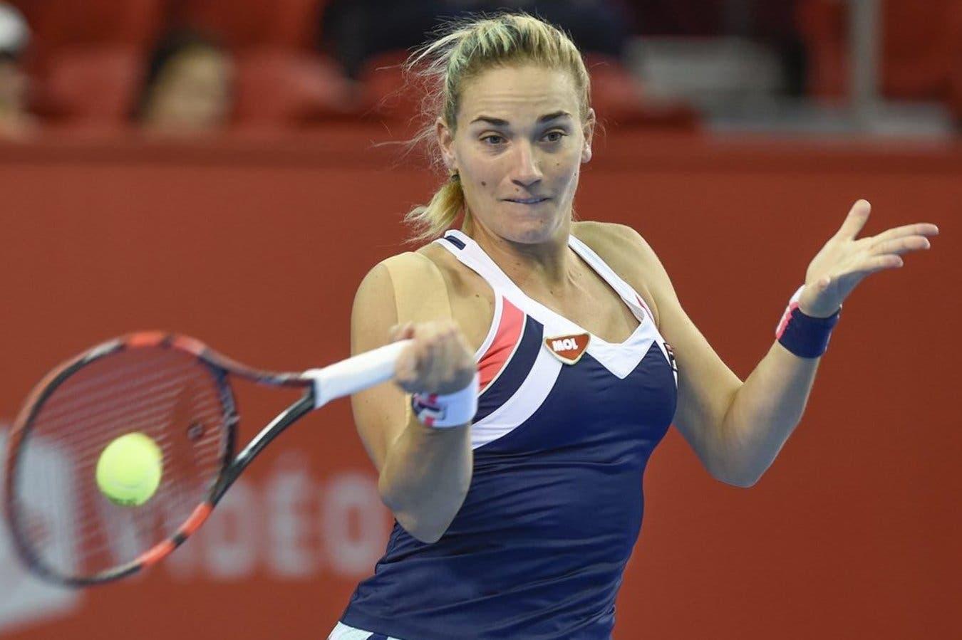 WTA Tashkent: due quarti, poi la pioggia
