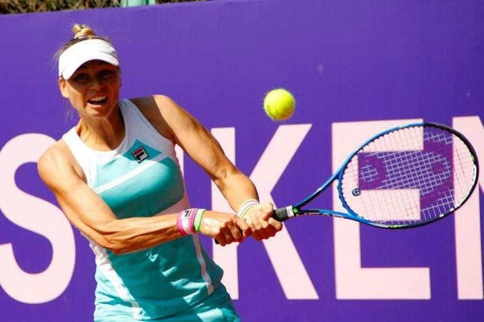 WTA Tashkent: rediviva Zvonareva. Pliskova out