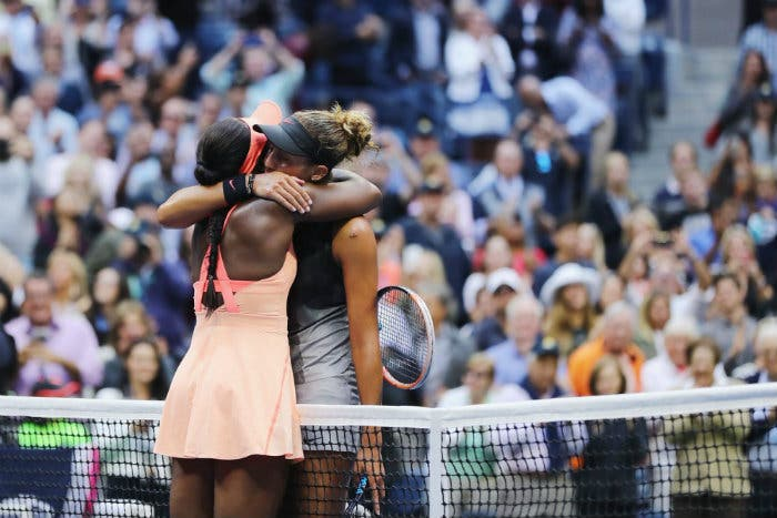 Serena Williams si congratula con Keys e Stephens
