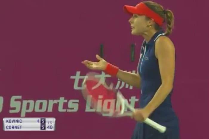 In Asia, nel circuito WTA, ci si arrabbia. E parecchio