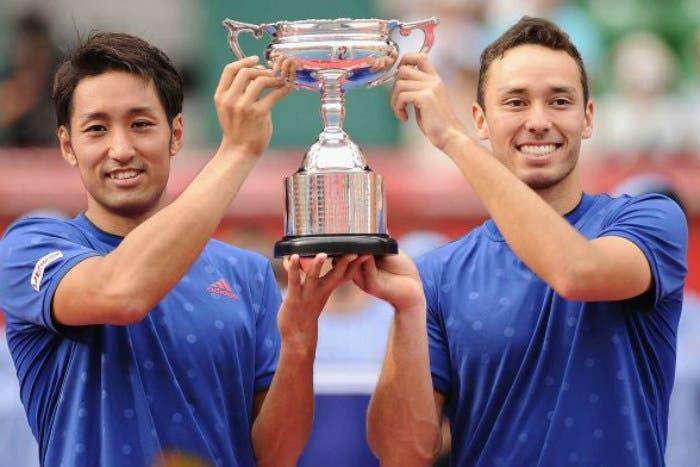 ATP/WTA doppio: Maclachan e Uchiyama profeti in patria, Hingis imbattibile
