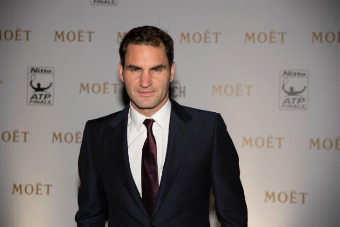 Roger Federer, prima il nobile mito e poi il vil danaro. O forse no