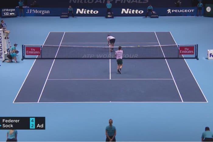 Sock mostra il lato B, Federer fa un errore… da serie C