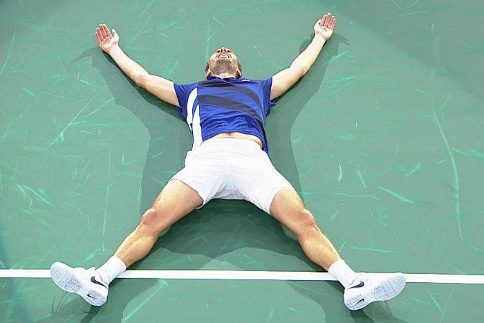 ATP Bercy: delPo saluta Londra. Grande Sock, incredibile Benneteau!