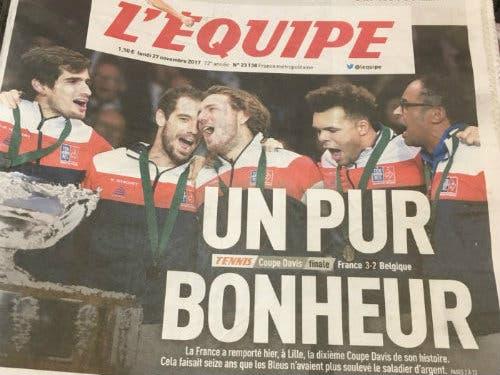 """L'Equipe: """"Felicità pura"""". Un mega-inserto per il trionfo francese"""
