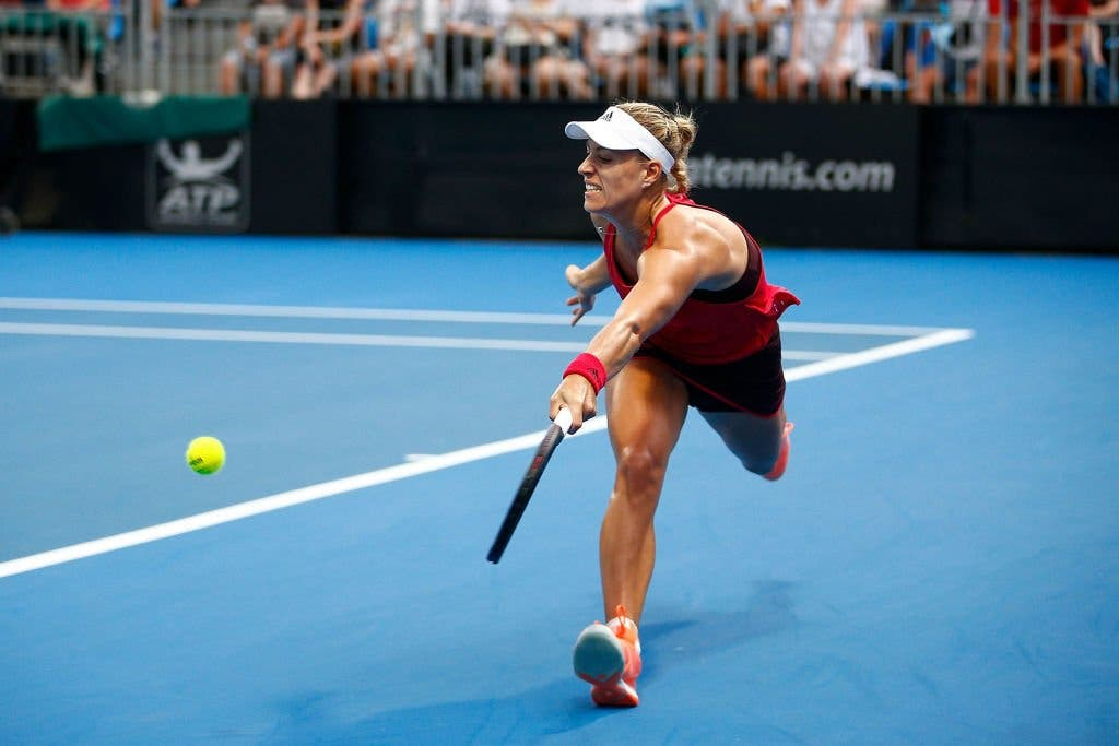 Sydney e Hobart: Kerber sta tornando, Bouchard sta scomparendo