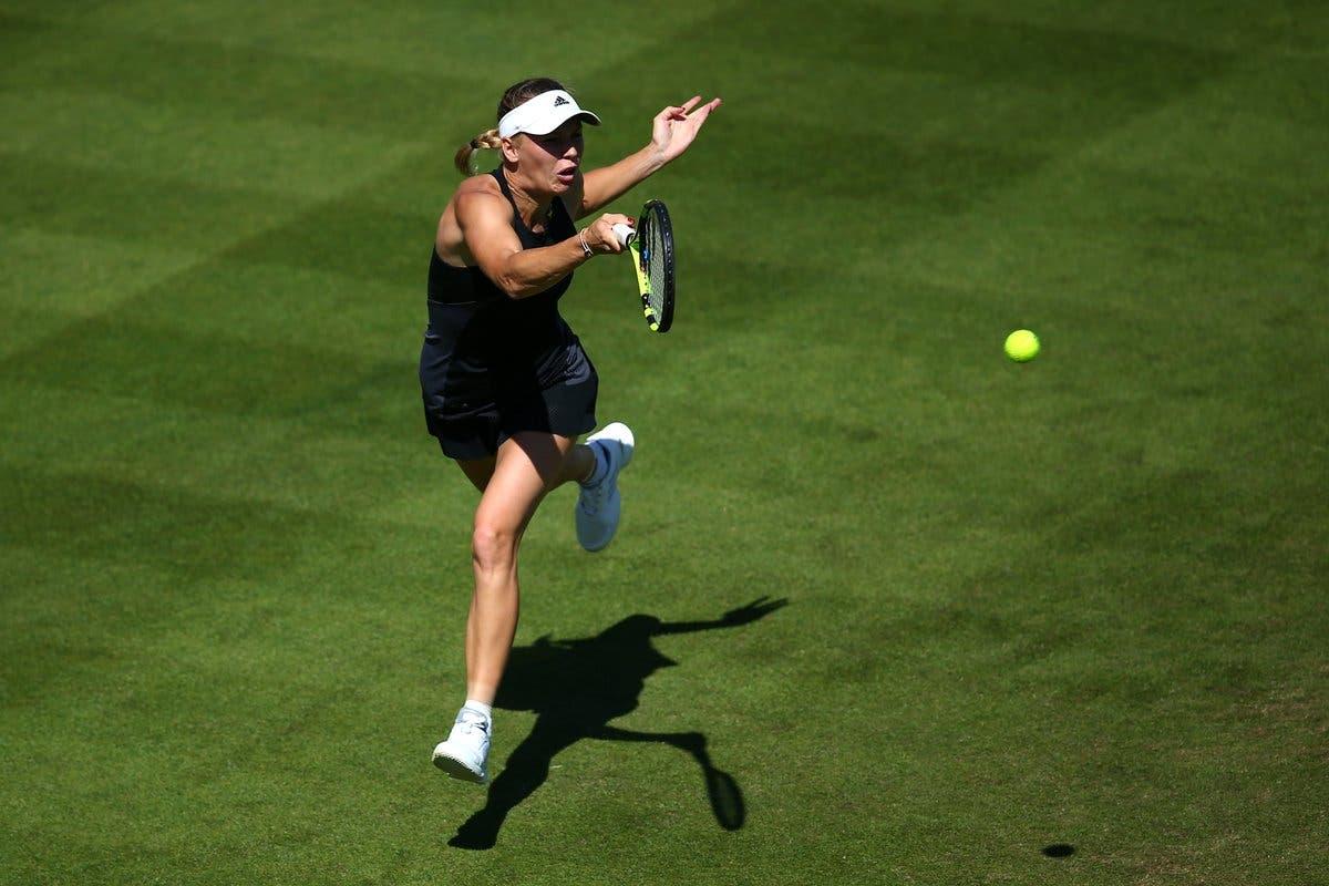 Wozniacki irrompe a Eastbourne, finale contro super-Sabalenka