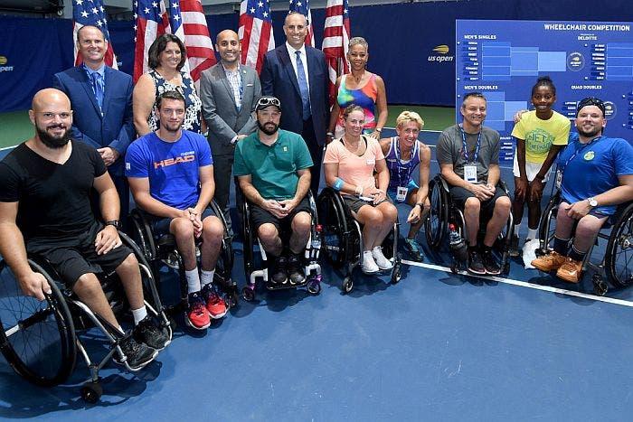 OpenAl Il Rotelle Di A Via Tennis In Sedia Us Torneo vNnO0ym8w