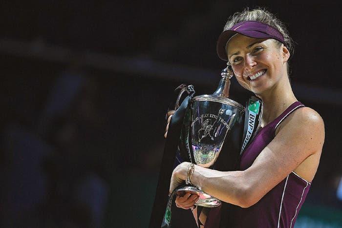 WTA Finals: ottima Svitolina, pessimo campo