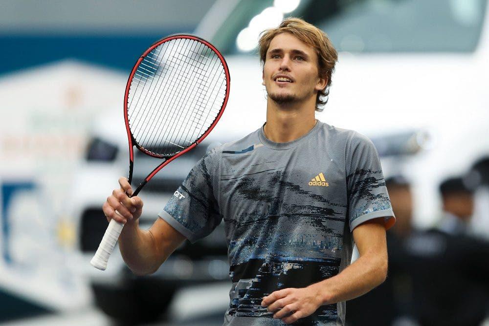 A Shanghai Zverev torna grande, Federer cede al terzo